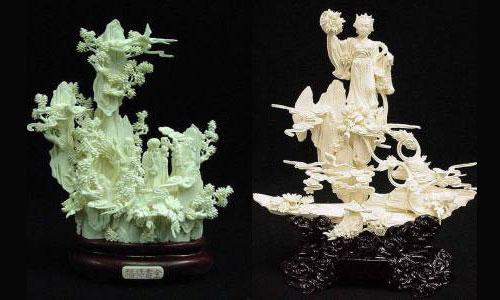Amazing Art Work of Bone Carving