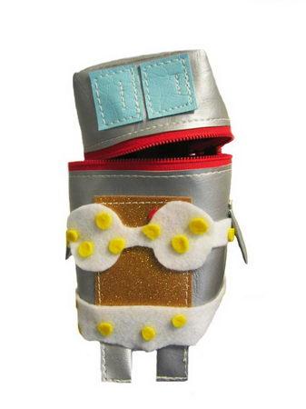 robot pouch design