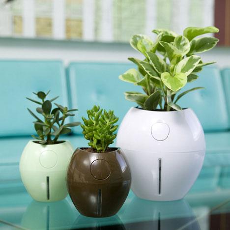 """Grobal"" plant pot"