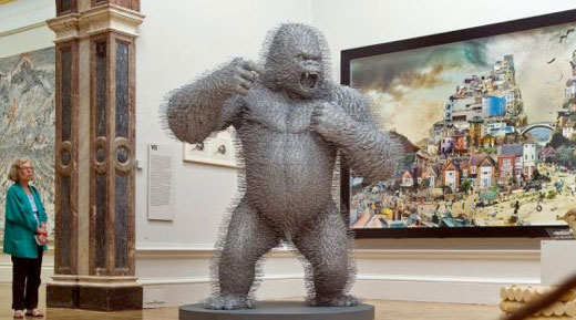 Amazing King Kong Sculpture made of 3000 Coat Hangers