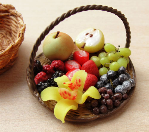 Amazing Miniature Food Sculptures