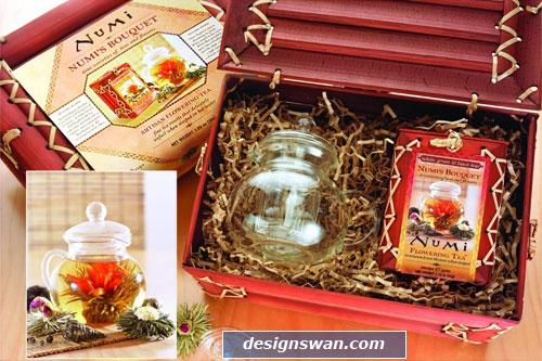 20 Beautiful Gift Baskets for Christmas