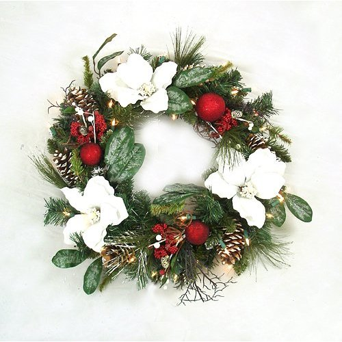 20 beautiful christmas wreath decorating ideas - Magnolia Christmas Decor