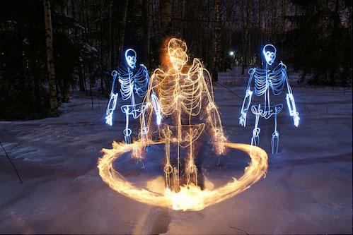 Stunning Light Graffiti Skeletons from Janne Parviainen