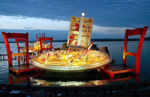 Magnificent Floating Stage Design