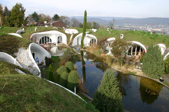 Earth Houses: Ecological and Unconventional by Vetsch Architektur