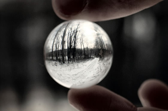 Life Through a Marble:Amazing Photography by Caleb