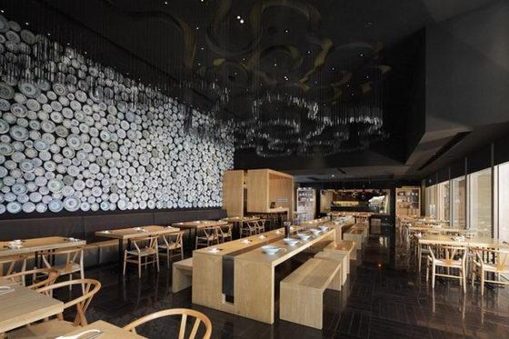 Beautiful Taiwan Noodle House, Amazing Plates Focal Wall
