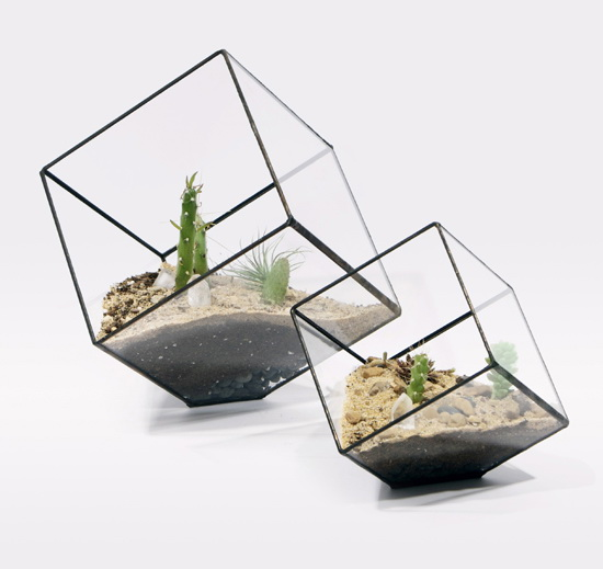 Elegant Sculptural Planters for Modern Home