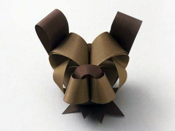 Ribbonesia: Beautiful Ribbon Art for Memorable Gift Wrapping