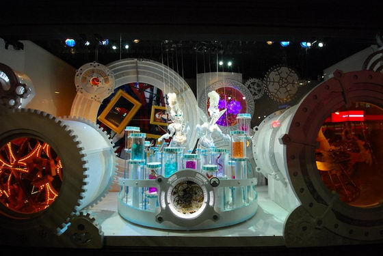 Fantastic Macy's 2011 Holiday Windows Display