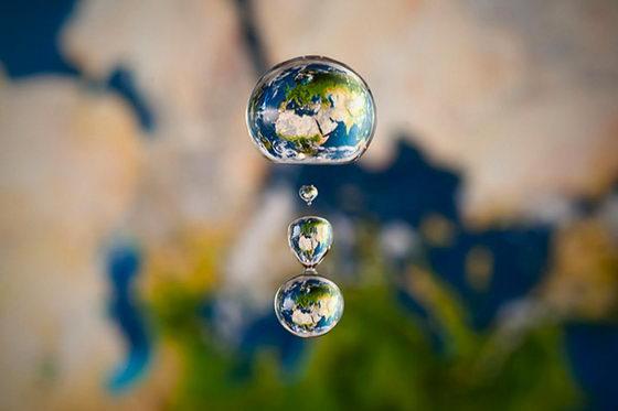 Setup Liquid Art: A Splash of Miniature Liquid World