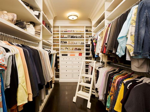 Home Inspiration: 32 Beautiful and Luxurious Walk-In Closet Designs