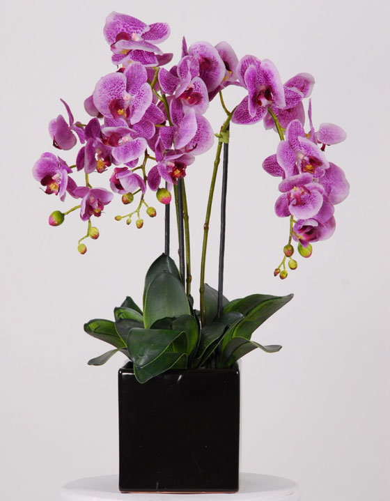 Beautiful artificial silk flowers arrangements for home for Artificial plants for decoration