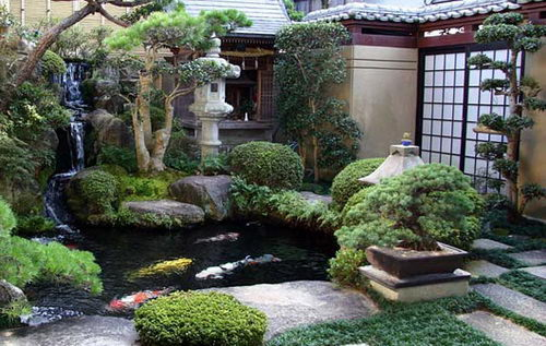 Japanese Garden with Koi Pond 500 x 317