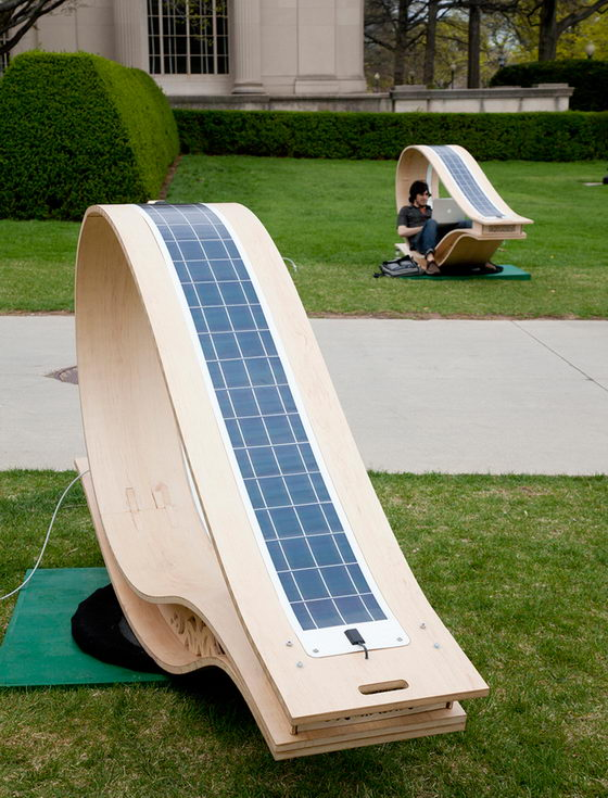 Soft Rocker: Solar Powered Sun Lounge Chair