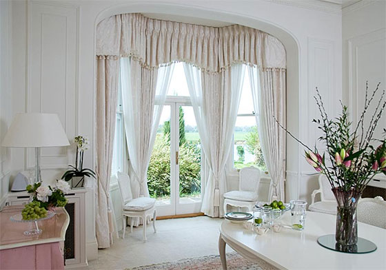 Find a right Curtain Pole for your Curtain and Home
