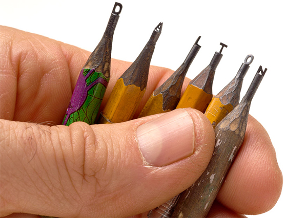 Incredible Miniature Sculptures on Pencil Tips by Dalton Ghetti