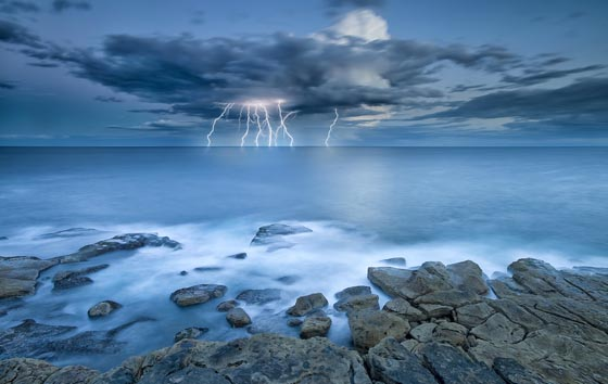 15 Stunning Lightning Photographs