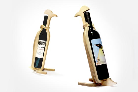 Animal's bone: Creative and Playful Animal Wine Rack