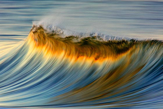 Stunning Long-Exposure Photographs of Golden Waves by David Orias