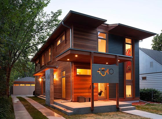 Sustainable Wooden House Blending Traditional and Contemporary Elements