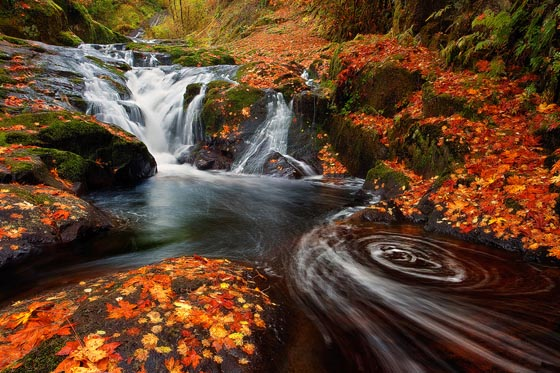 20 Beautiful Examples of Waterfall Photos