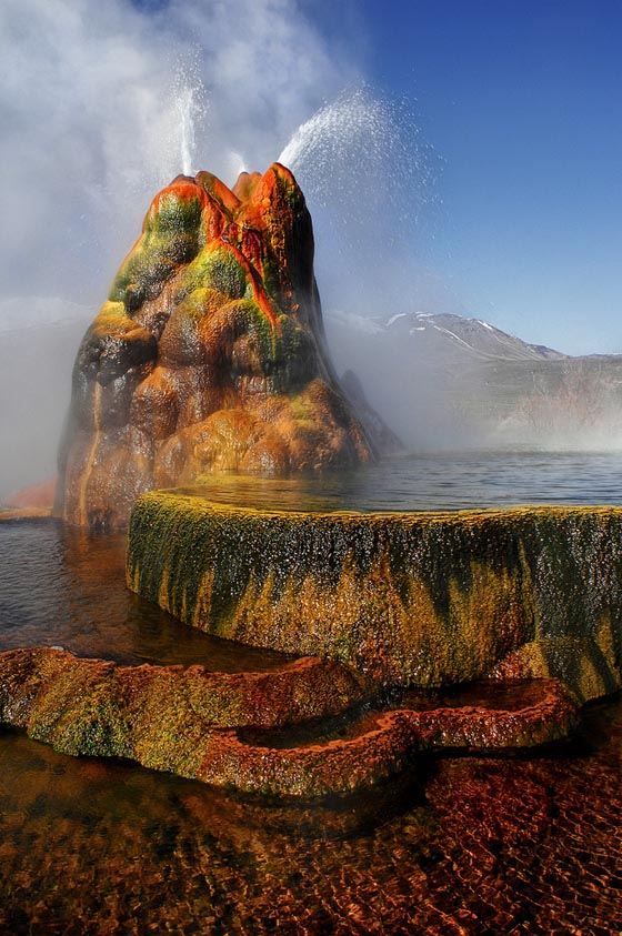 Spectacular Photos of Fly Geyser