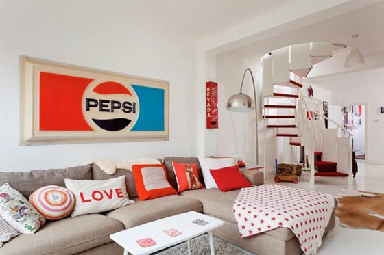 Inspiring London House in Red and White Theme