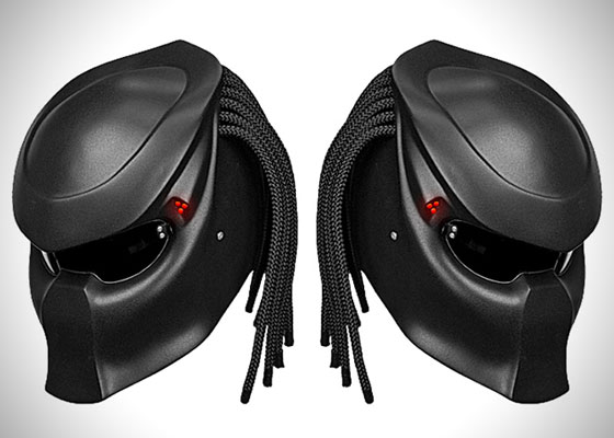 Extremely Cool Predator Motorcycle Helmet by Nitrinos