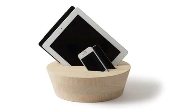 Sample KINODAI: Elegant Charging Station for Smartphones or Tablets