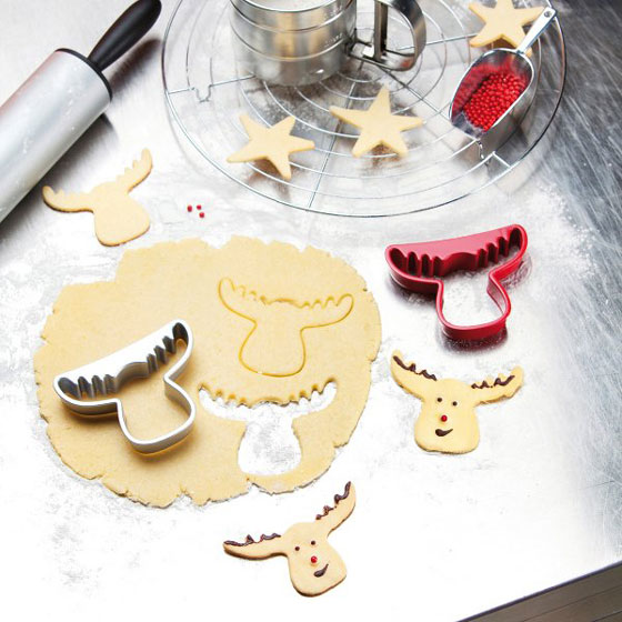 7 Cool and Fun Christmas Cookie Cutters and Stencil Sets