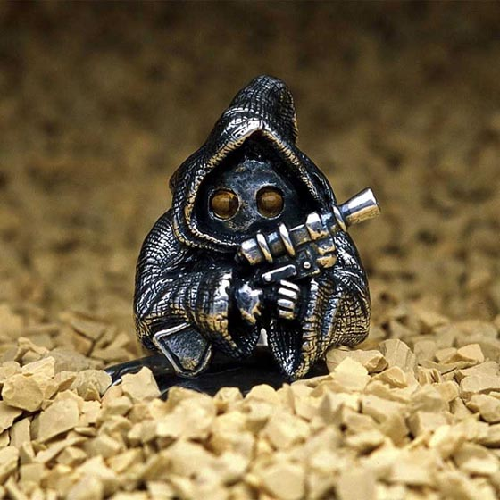 Highly Detailed Star Wars Themed Jewelry