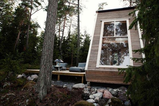 Nido: 96 Sq.Foot Micro-Cabin Robin Falck