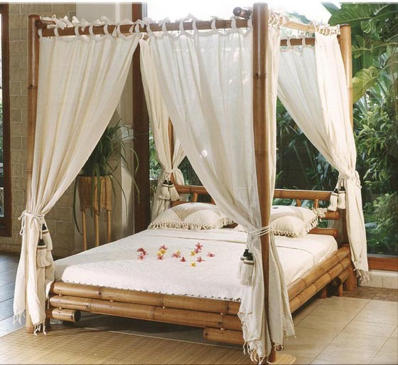 45 Beautiful Bedroom Decorated with Canopy Beds