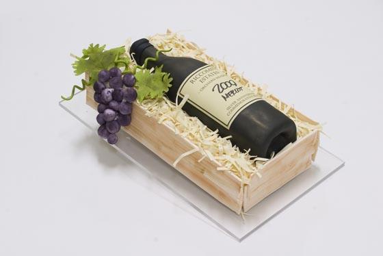 Edible Art: Realistic Sculpted Cakes by BethAnn Goldberg