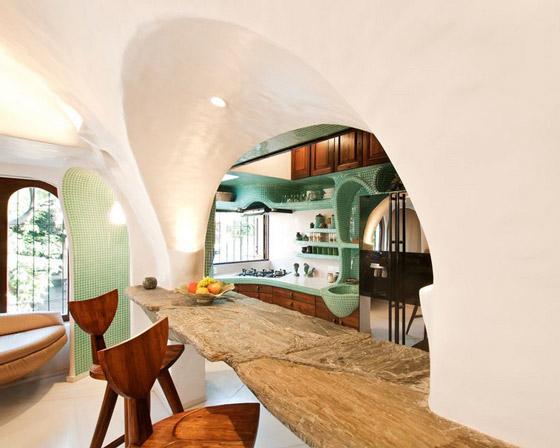 Organic House Featuring Vaulted Design in Mumbai