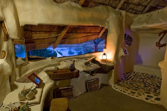 Nature Embracing Villa in Lower Zambezi National Park