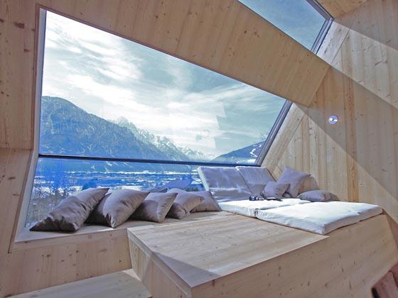Uvogel: 45-square-meter house for Breathtaking Views
