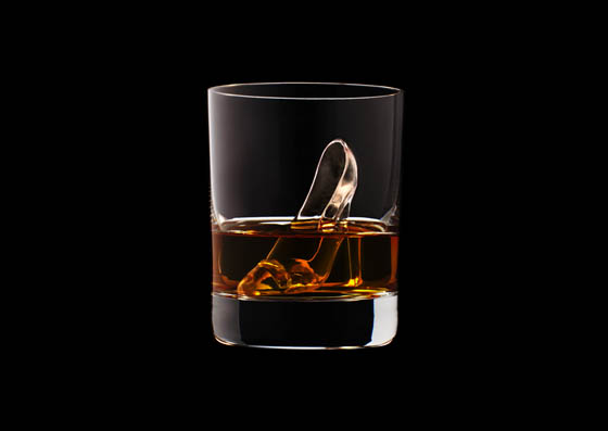 World's First 3D-milled Ice Cube by Suntory