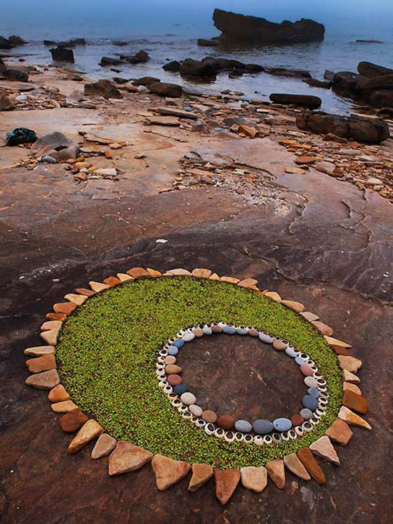 Stunning Land Art by Dietmar Voorworld