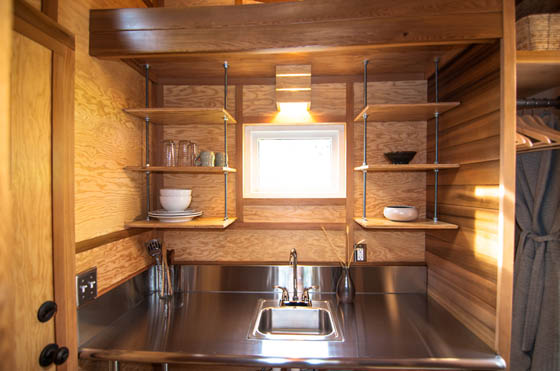 Salsa Box: Tiny House on the Wheel