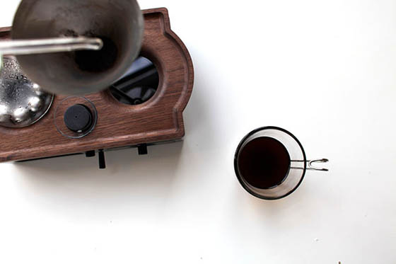 Barisieur: Coffee Making Alarm Clock for Morning People
