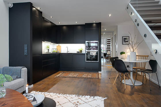 Small Duplex in Central Stockholm Offers Charming and Bright Living Style