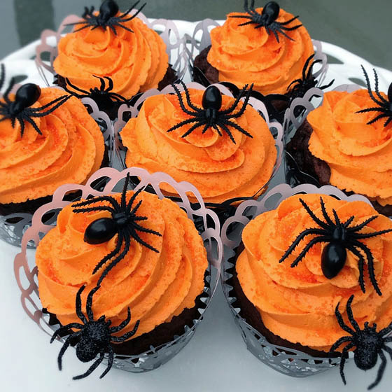 28 Creative and Spooky Halloween Treats