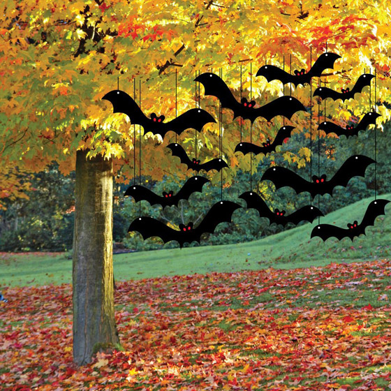 10 Cool Outdoor Halloween Decorations - Design Swan on Lawn Decorating Ideas id=87657