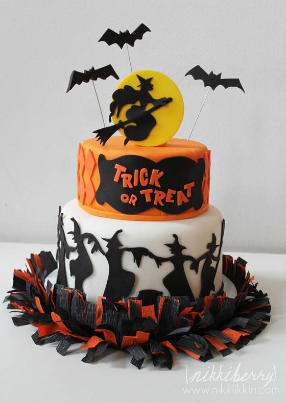 30 Creative and Inspirational Halloween Cake Ideas
