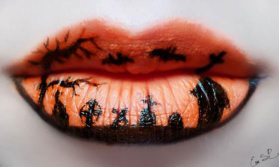Creepy Halloween Lip Makeup by Eva Pernas