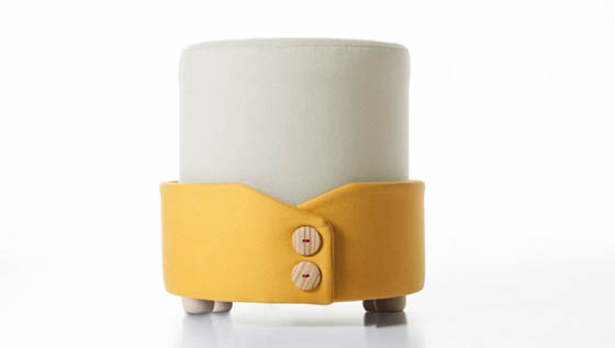 Polsino: Cute Pouf With Magazine Holder