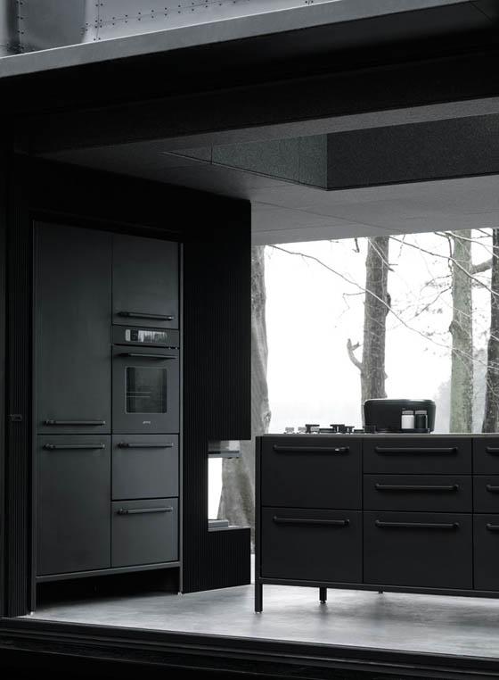 Vipp Shelter: a Minimalist Prefab Concept